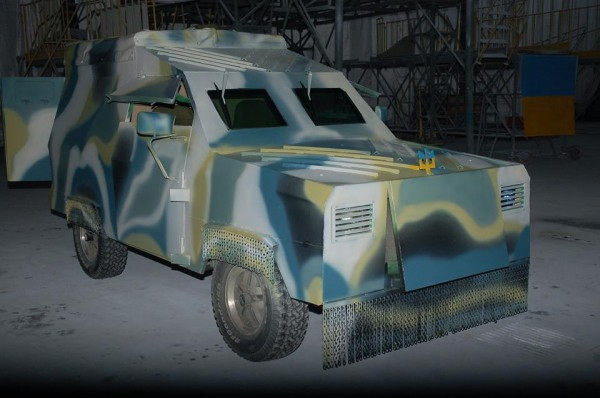 Бронеавтомобиль на базе Ford-а производства авиазавода Антонова