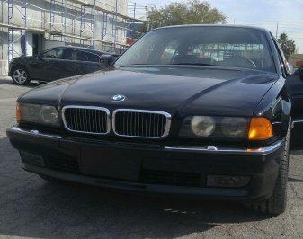 Продается BMW 750iL, в которой был застрелен Тупак Шакур