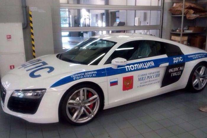 ДПС Санкт-Петербурга теперь не уступает ДПС Дубая!