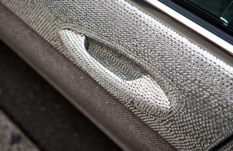 Кристальный Mercedes-Benz CLS 350 в Лондоне