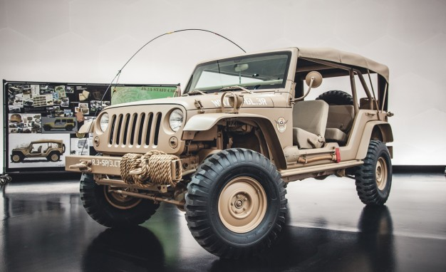 Jeep Wrangler Staff Car concept - догнать и перегнать Willys MB