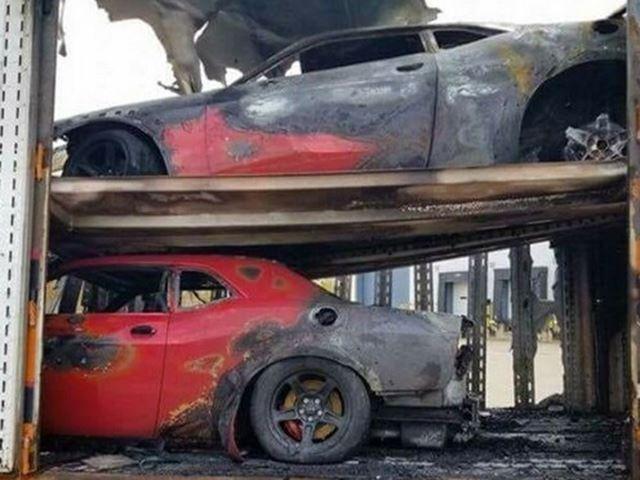 Три штуки Dodge Demon пропали в адском пламени