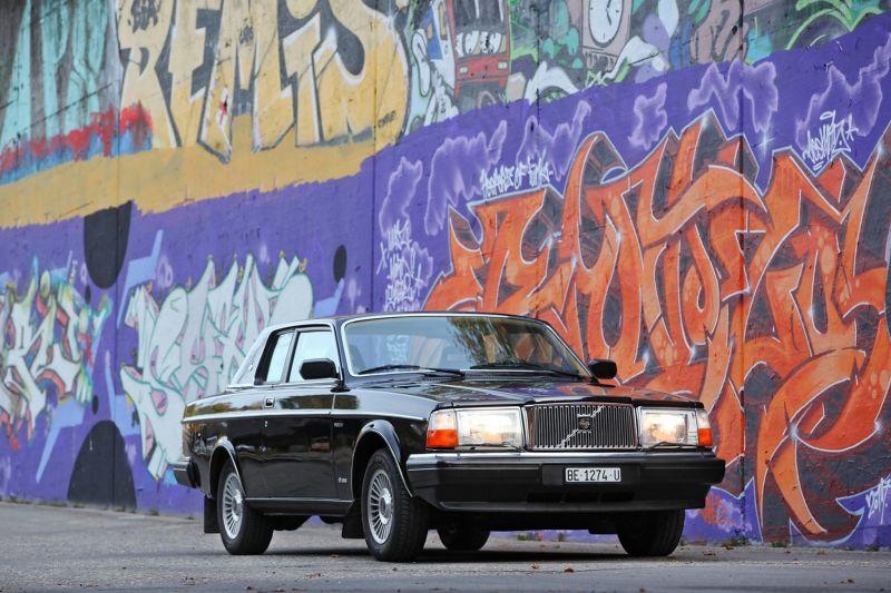 Volvo 262C Bertone Дэвида Боуи продана с аукциона за 216 тысяч долларов