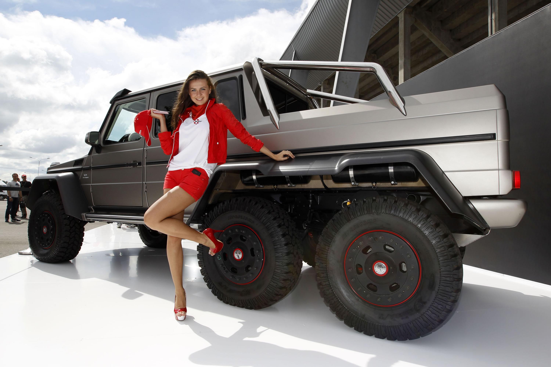 Трехосный Серийный За полмиллиона долларов Mercedes