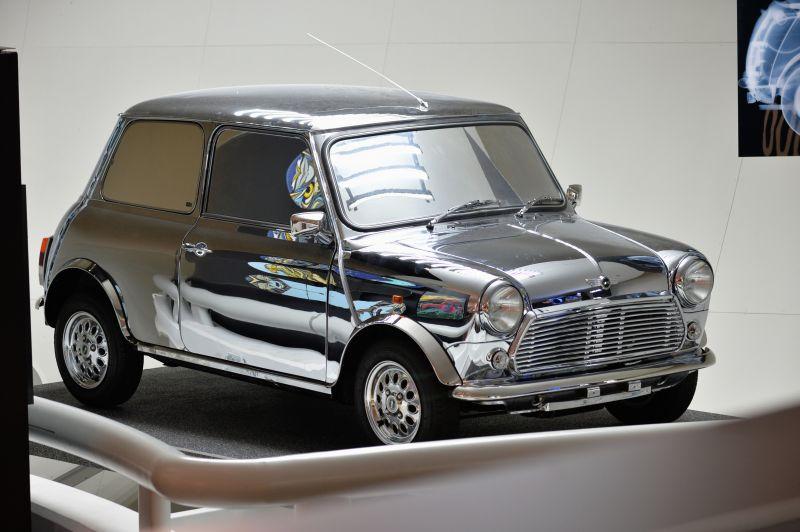 Mini от Дэвида Боуи, Кейт Мосс и Поля Смита, 1999