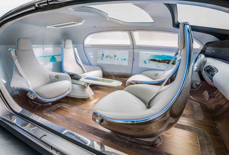 Странный концепт от Mercedes: F 015 Luxury in Motion