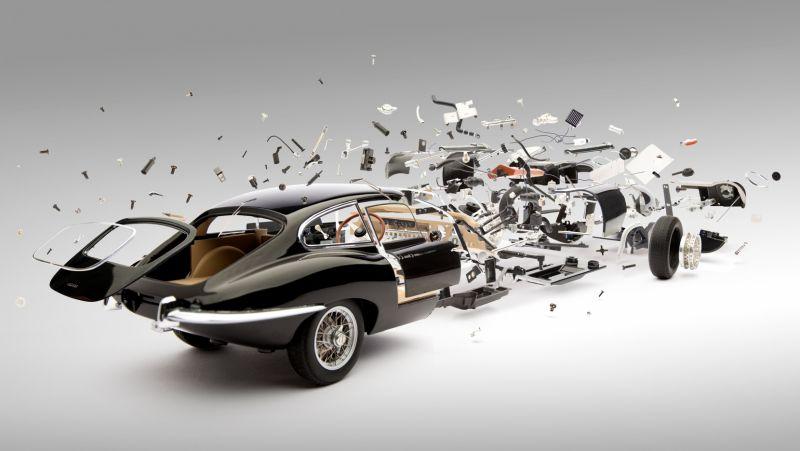 Коллапсирующий авто-арт от Фабиана Ойфнера