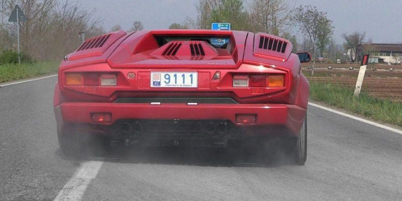 Шоу Cars & Coffee в Северной Италии