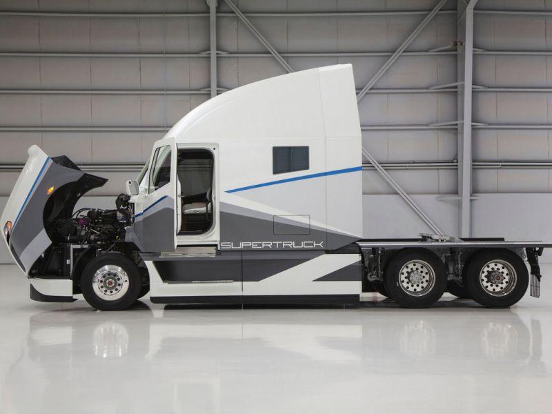 Новый проект суперэкономичной фуры от Daimler и Freightliner