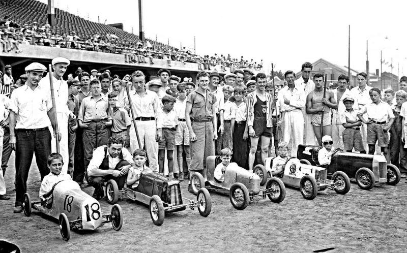 Детские гонки на ручной тяге в Индианаполисе 30-х годов