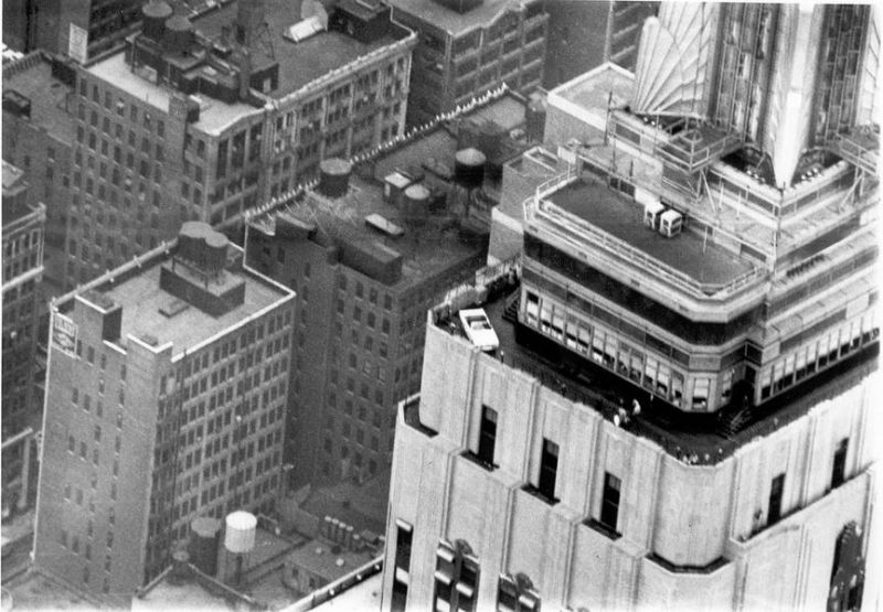 Ford Mustang осенью 1965 года на Empire State Building