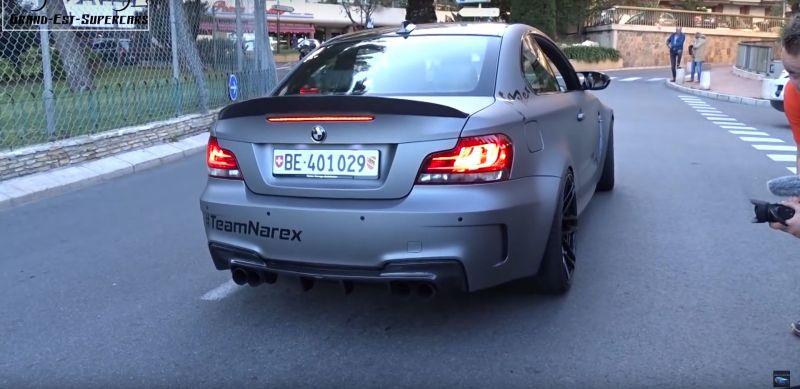 Громыхающая BMW 1M Coupe распугала половину Монако