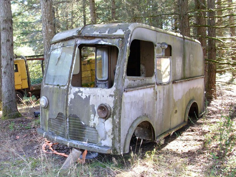 Как менялись фургоны UPS с основания фирмы до наших дней