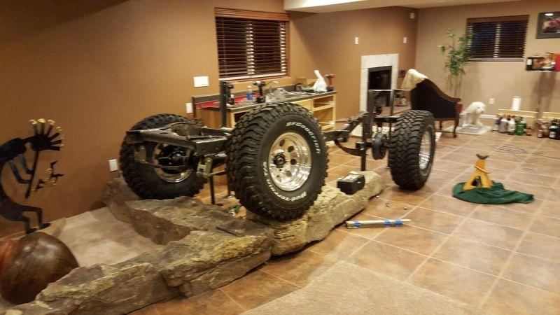 Барная стойка из Jeep CJ-5