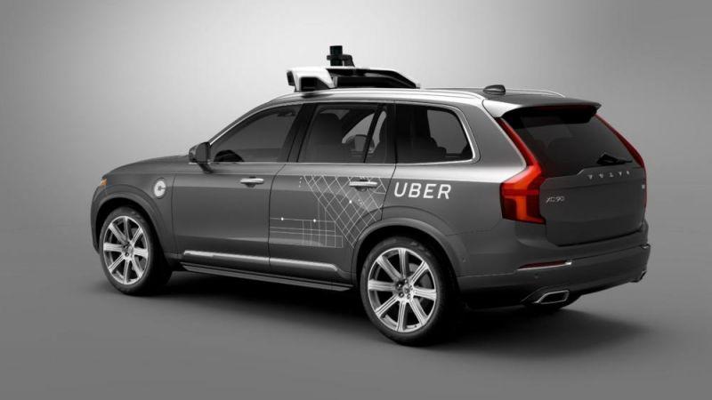 Первый пошел: самоуправляемый Volvo задавил насмерть первого человека