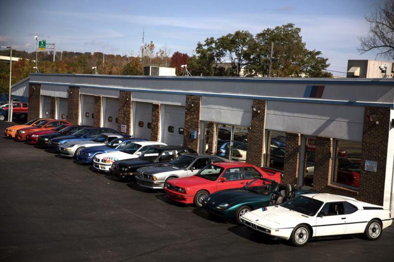 В США продается коллекция из 13 редких BMW за 2.3 миллиона долларов