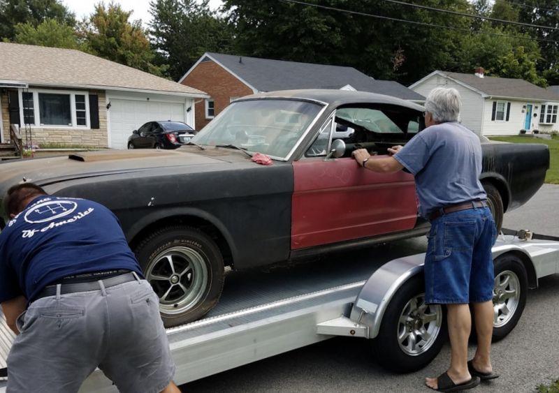 Ford Shelby 1966 года найден в гараже после 30 лет простоя