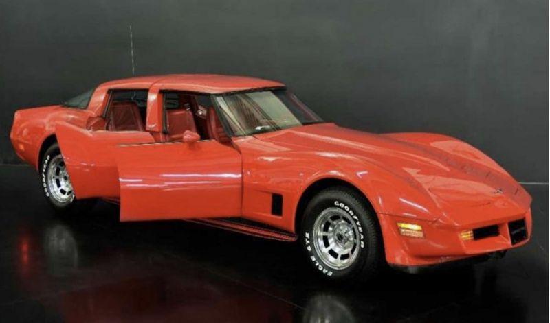 А вот кому ЧЕТЫРЕХДВЕРНЫЙ Chevrolet Corvette из 80-х?